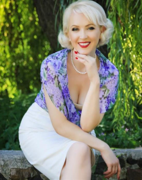 Aleksandra (38) aus Warschau auf www.partnervermittlung-polnische-frauen.de (Kenn-Nr.: d00808)