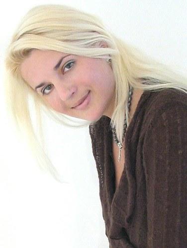 Ewa (45) aus Agentur R... auf www.partnervermittlung-polnische-frauen.de (Kenn-Nr.: 7006)
