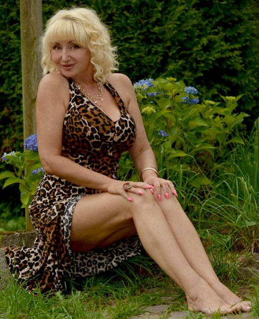Irina (55) aus VIP Agent... auf www.partnervermittlung-polnische-frauen.de (Kenn-Nr.: d0052)