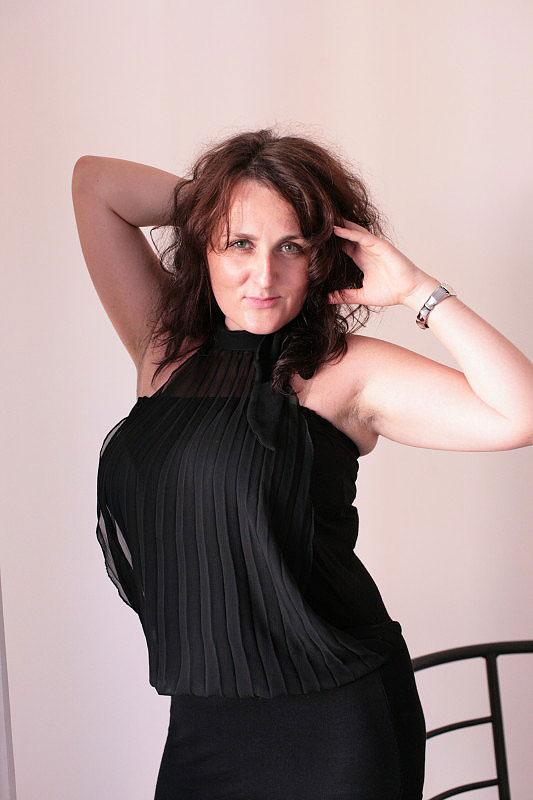 Kasia (43) aus VIP Agent... auf www.partnervermittlung-polnische-frauen.de (Kenn-Nr.: d00137)