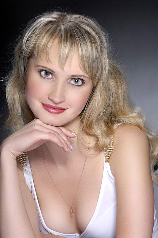 Julia (34) aus Warschau auf www.partnervermittlung-polnische-frauen.de (Kenn-Nr.: 8280)