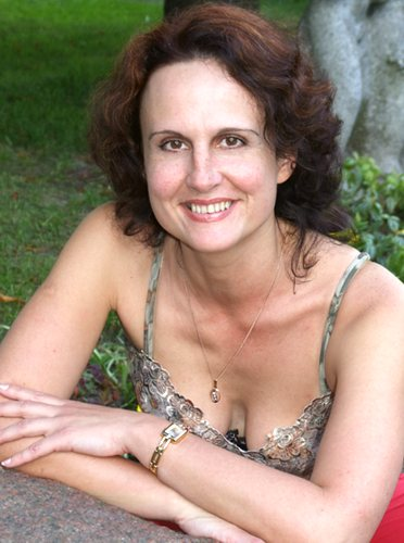 Natalia (50) aus Agentur Ro... auf www.partnervermittlung-polnische-frauen.de (Kenn-Nr.: 7079)